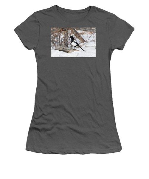 Magpie - 6892 Women's T-Shirt (Athletic Fit)