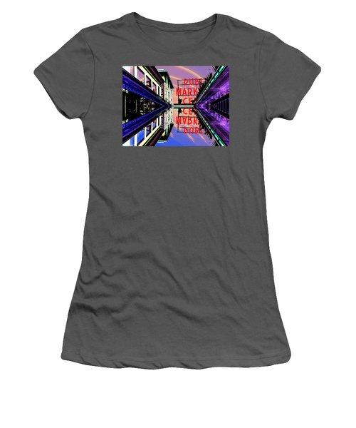 Market Entrance Women's T-Shirt (Athletic Fit)