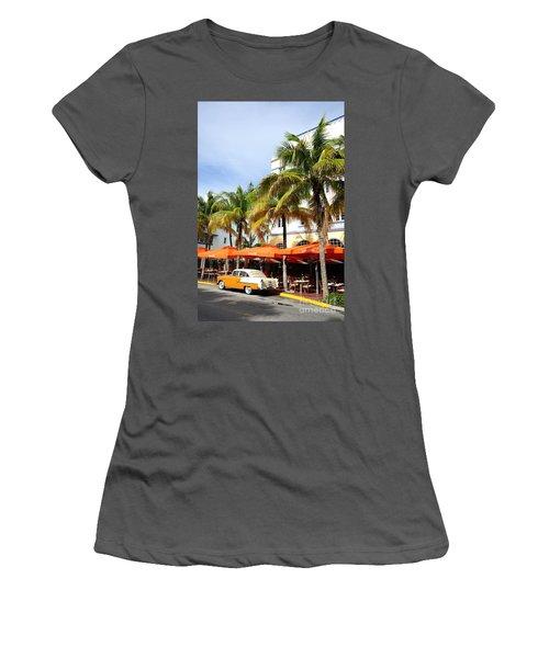 Miami South Beach Ocean Drive 8 Women's T-Shirt (Athletic Fit)