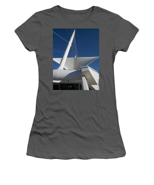 Milwaukee Art Museum Cropped Women's T-Shirt (Athletic Fit)
