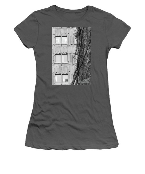 Modern And Nature Women's T-Shirt (Athletic Fit)