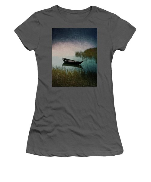 Moonlight Paddle Women's T-Shirt (Athletic Fit)