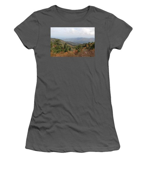 Mountain Long View Women's T-Shirt (Athletic Fit)