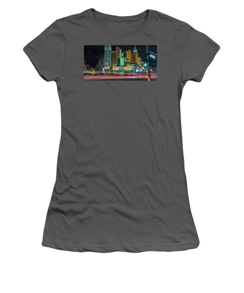 New York New York Women's T-Shirt (Athletic Fit)