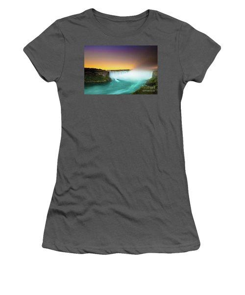 Niagara Falls  Women's T-Shirt (Junior Cut) by Mariusz Czajkowski