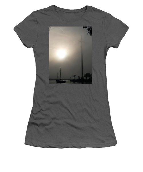 Nombre De Dios - The Great Cross Women's T-Shirt (Athletic Fit)