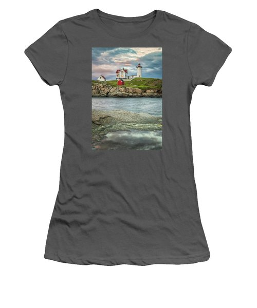Nubble Light Women's T-Shirt (Athletic Fit)