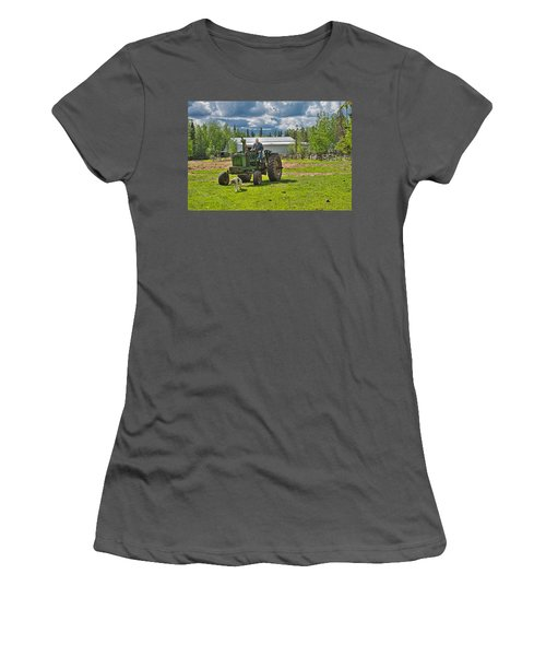 Old Farmer Old Tractor Old Dog Women's T-Shirt (Athletic Fit)
