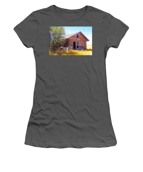 Women's T-Shirt (Junior Cut) featuring the photograph Old House by Susan Kinney