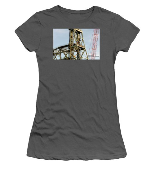 Old Memorial Bridge Women's T-Shirt (Athletic Fit)