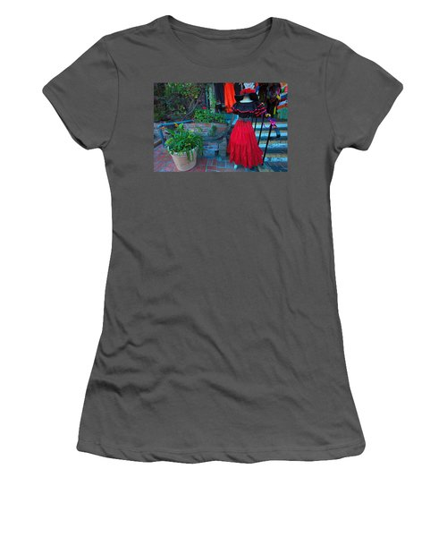 Olvera Street Los Angeles Women's T-Shirt (Athletic Fit)
