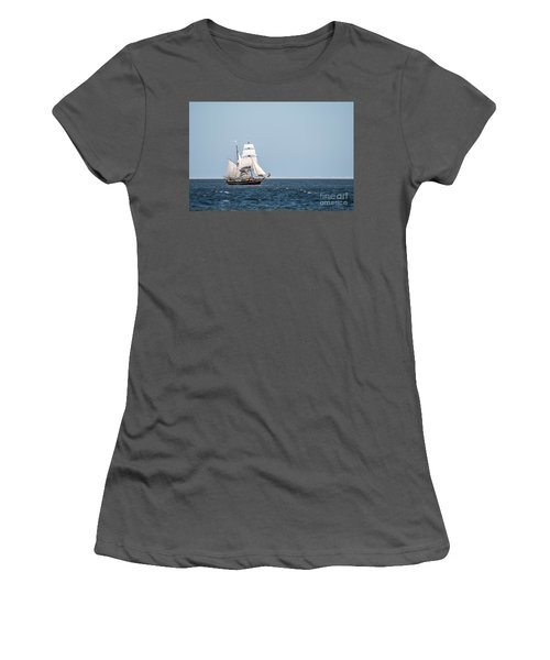 on the way to Texel Women's T-Shirt (Athletic Fit)