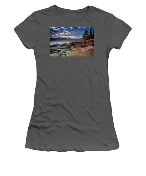 Otter Cove In The Mist Women's T-Shirt (Athletic Fit)
