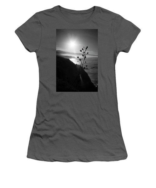 Pacific Coast B/w Women's T-Shirt (Athletic Fit)