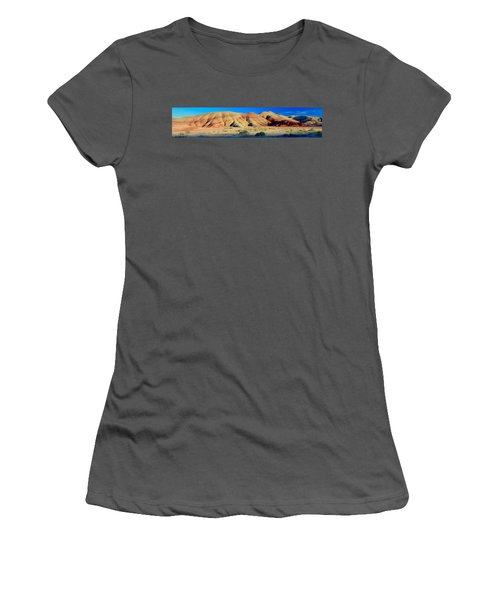 Painted Hills Extreme Pano  Women's T-Shirt (Athletic Fit)