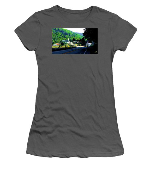 Pennsylvania Mountain Village Women's T-Shirt (Athletic Fit)
