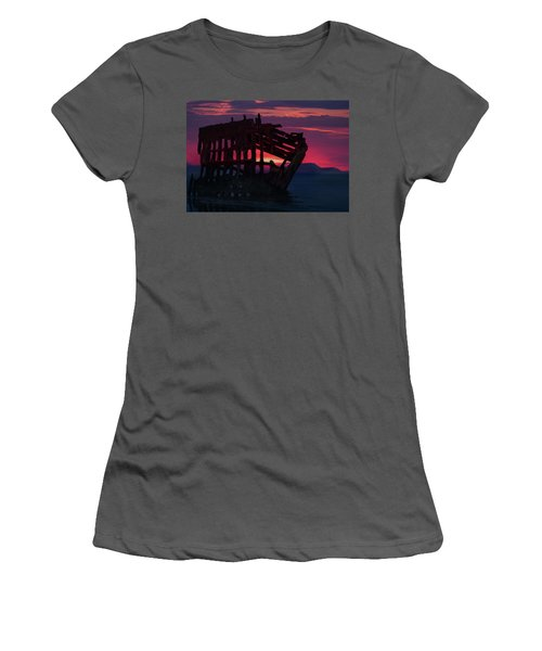 Peter Iredale Shipwreck Women's T-Shirt (Athletic Fit)