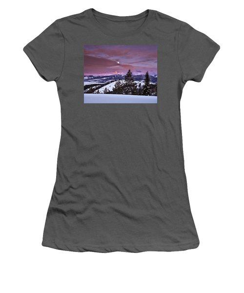Pine Creek Pass Women's T-Shirt (Athletic Fit)