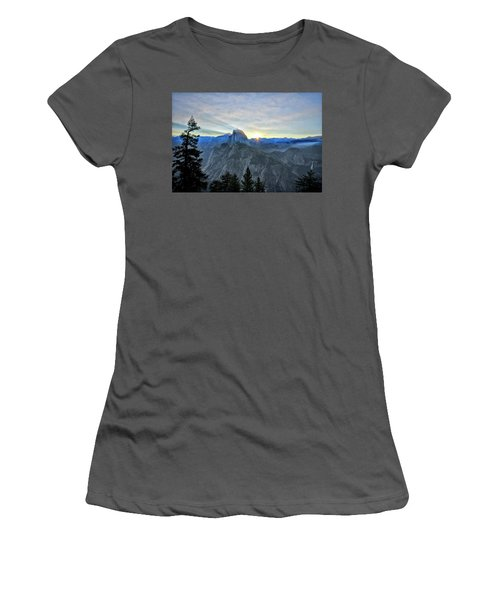 Point Rise Women's T-Shirt (Athletic Fit)