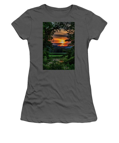 Pond Sunset  Women's T-Shirt (Athletic Fit)