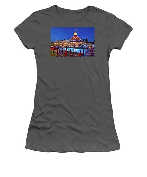 Poolside At The Hotel Del Coronado  Women's T-Shirt (Junior Cut) by Sam Antonio Photography