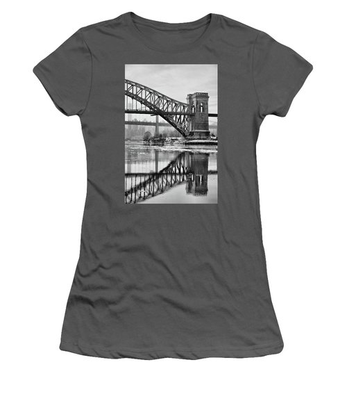 Portrait Of The Hellgate Women's T-Shirt (Athletic Fit)