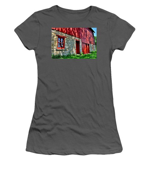 Red Barn In The Shade Women's T-Shirt (Athletic Fit)