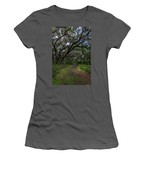 Runnymede Live Oaks Women's T-Shirt (Athletic Fit)