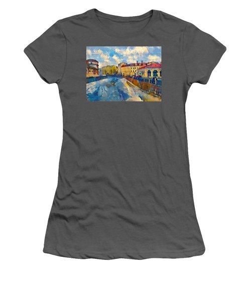 Saint Petersburg Winter Scape Women's T-Shirt (Athletic Fit)