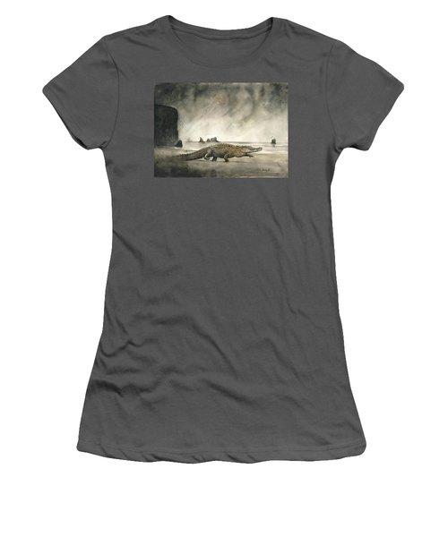 Saltwater Crocodile Women's T-Shirt (Athletic Fit)