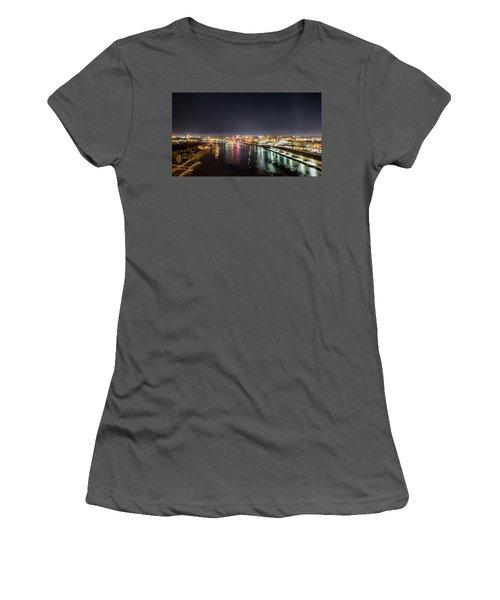Savannah Georgia Skyline Women's T-Shirt (Junior Cut) by Robert Loe