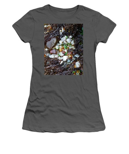 Sea Glass Nest Women's T-Shirt (Athletic Fit)