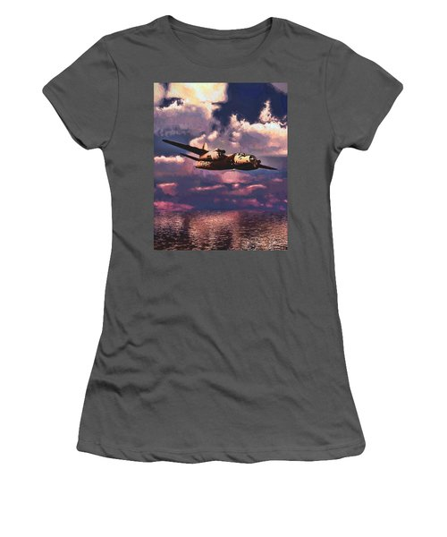 Shark On The Prowl Women's T-Shirt (Athletic Fit)