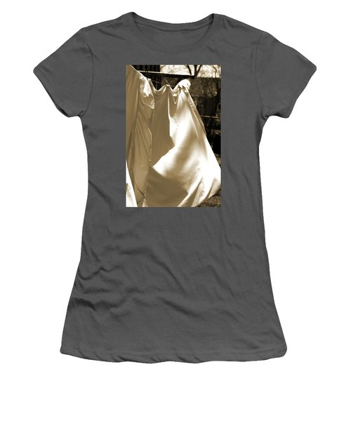 Sheets On The Line Women's T-Shirt (Athletic Fit)