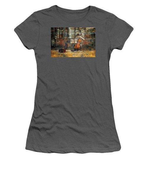 Sidewalk Cellist Women's T-Shirt (Athletic Fit)