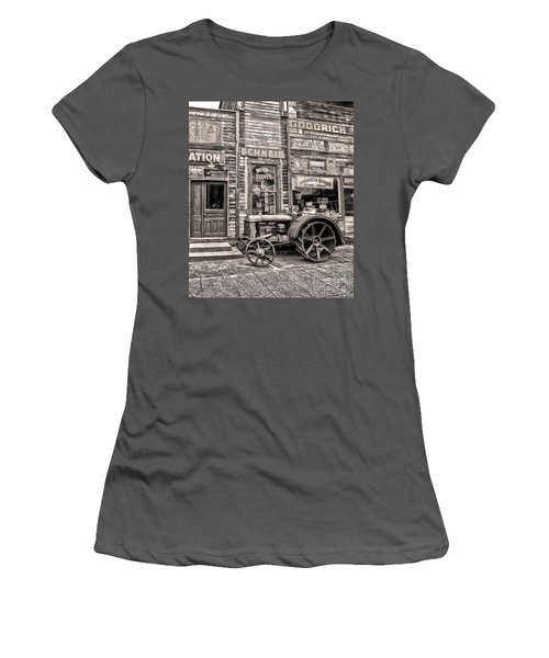 Snohomish Antiques Women's T-Shirt (Junior Cut) by Sonya Lang