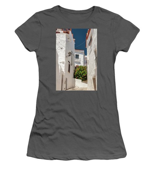 Spanish Street 2 Women's T-Shirt (Athletic Fit)