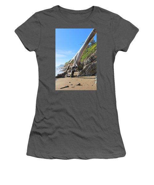 Spears On The Coast Women's T-Shirt (Junior Cut) by Viktor Savchenko