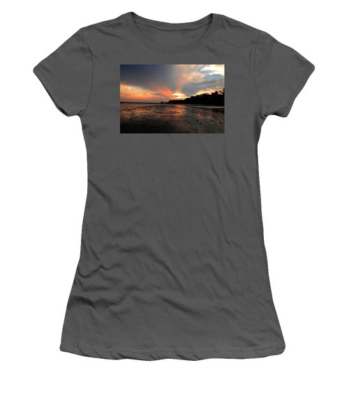 St Simons Island Women's T-Shirt (Athletic Fit)