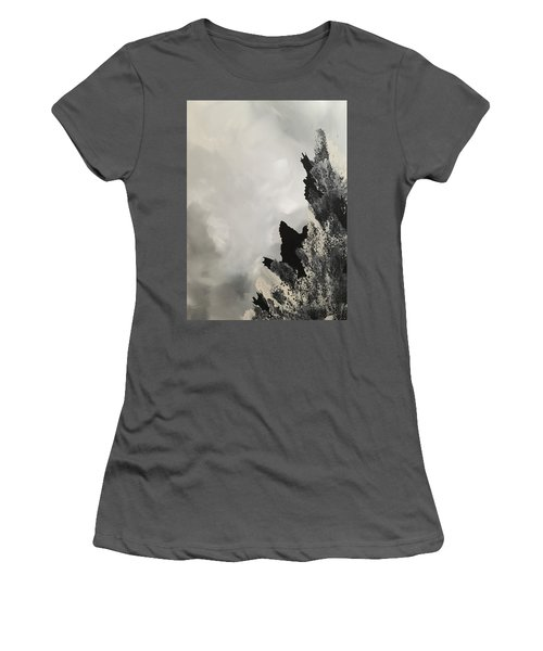 Stanza Women's T-Shirt (Athletic Fit)