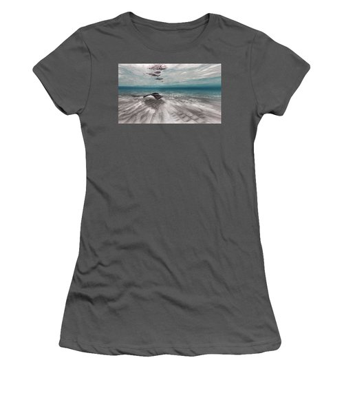 Stingray Across The Sand Women's T-Shirt (Athletic Fit)