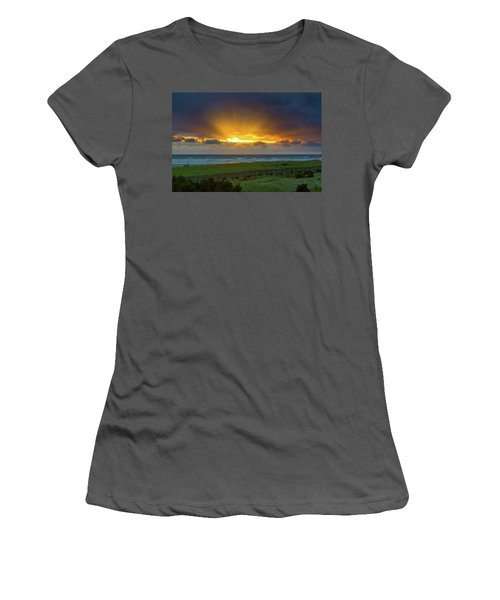 Sun Rays At Long Beach Washington During Sunset Women's T-Shirt (Athletic Fit)