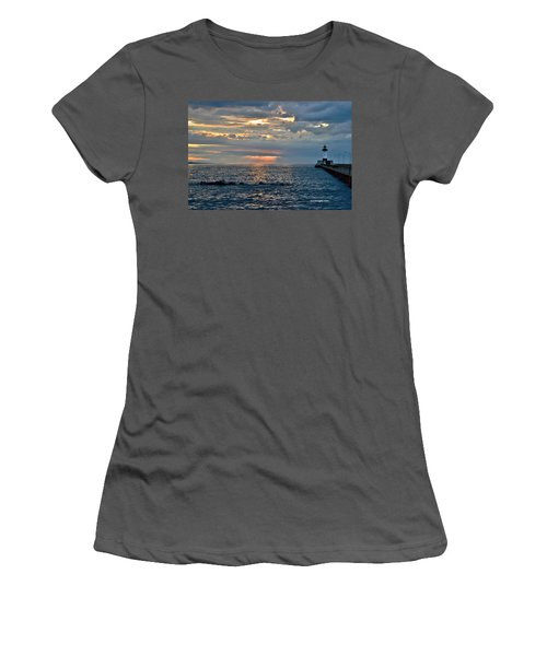 Sunrise In Duluth Women's T-Shirt (Athletic Fit)