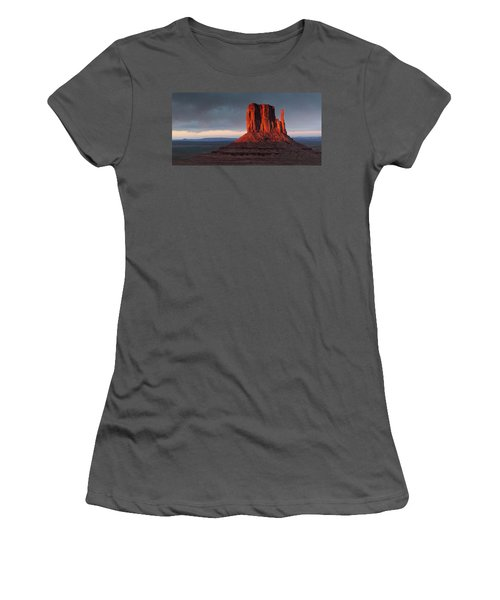 Sunset At Monument Valley Women's T-Shirt (Athletic Fit)