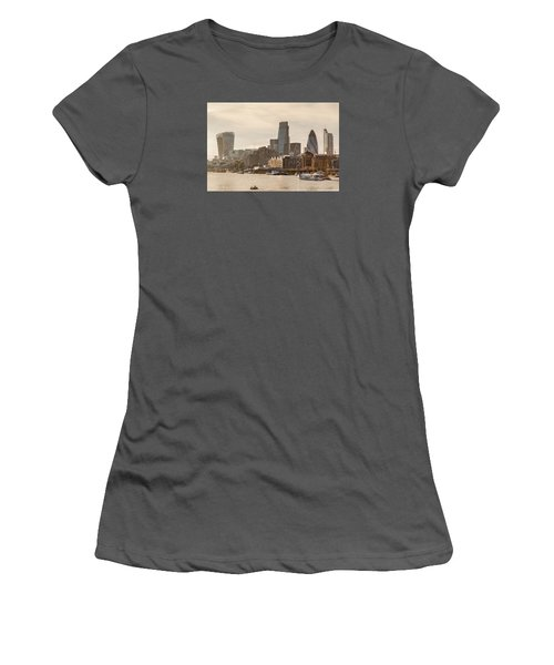 The City At Dusk Women's T-Shirt (Athletic Fit)