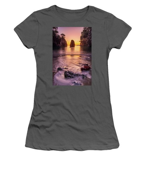 The Monolith Women's T-Shirt (Athletic Fit)
