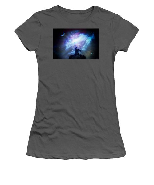 This Poor Man Cried, And The Lord Heard Him, And Saved Him Out Of All His Troubles. Women's T-Shirt (Athletic Fit)