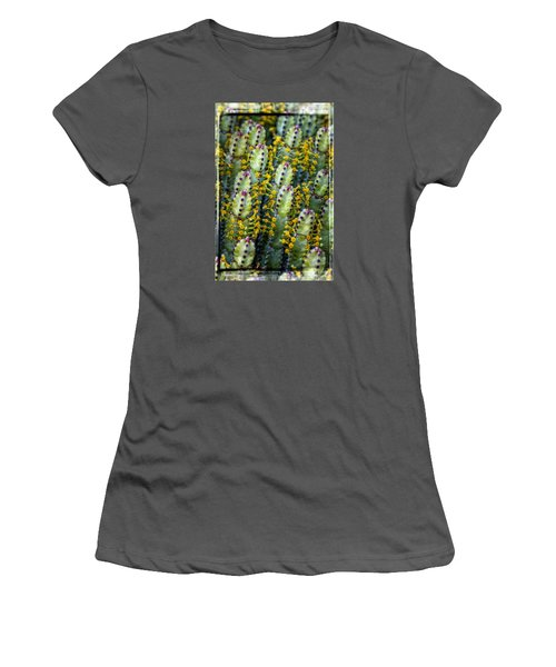 Totem Cactus Women's T-Shirt (Athletic Fit)