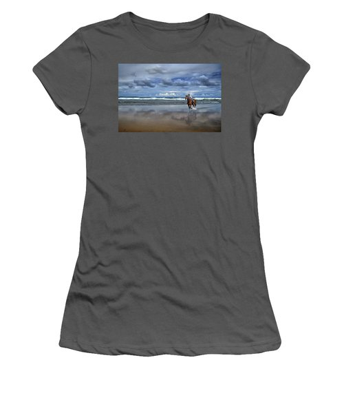 Tullan Strand - Horseriding In The Surf Women's T-Shirt (Athletic Fit)