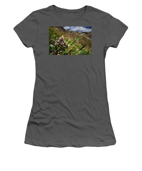 Untitled 94 Women's T-Shirt (Athletic Fit)
